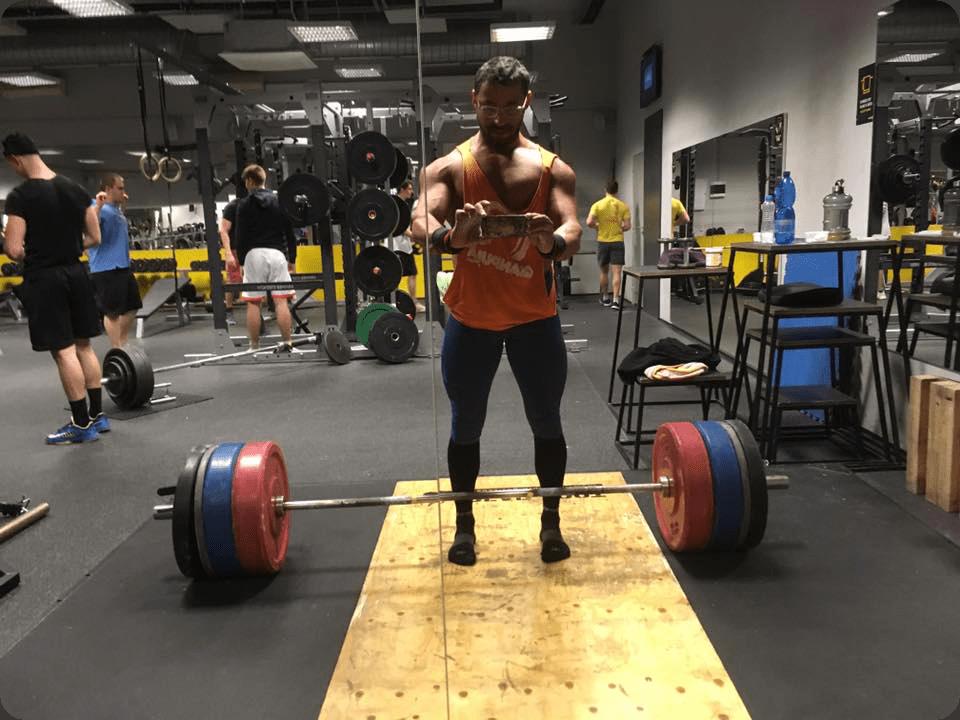 Ruben Lara Powerlifter