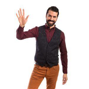 Cómo vestir si eres un hombre delgado